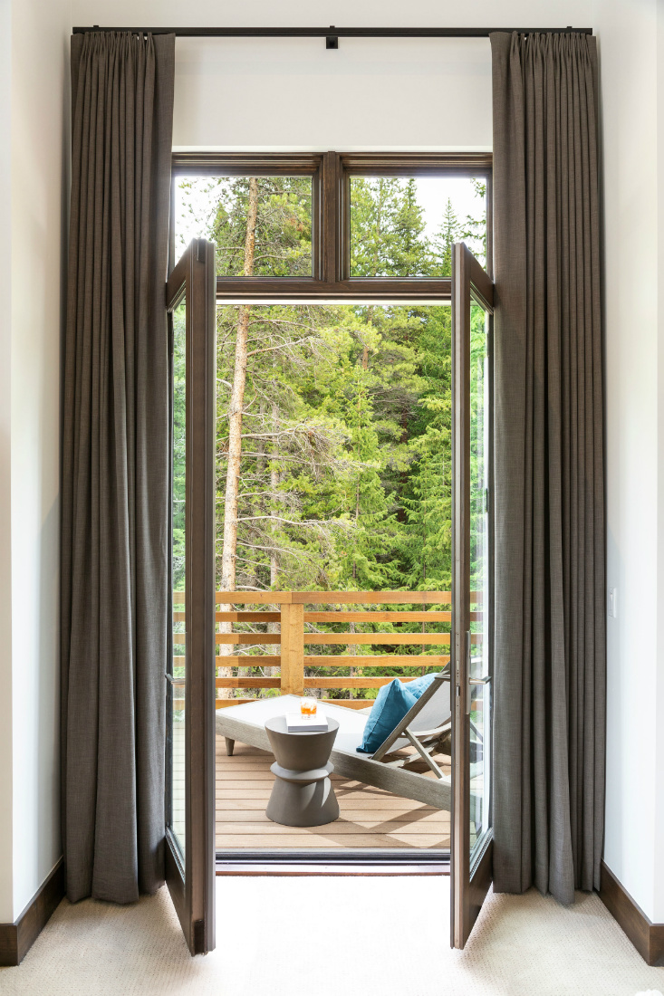 breckenridge-co-balcony-glass-doors
