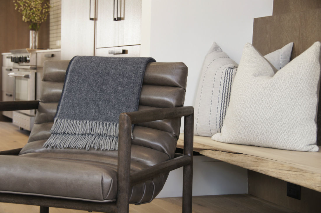 leather-chair-telluride-co-river-and-lime