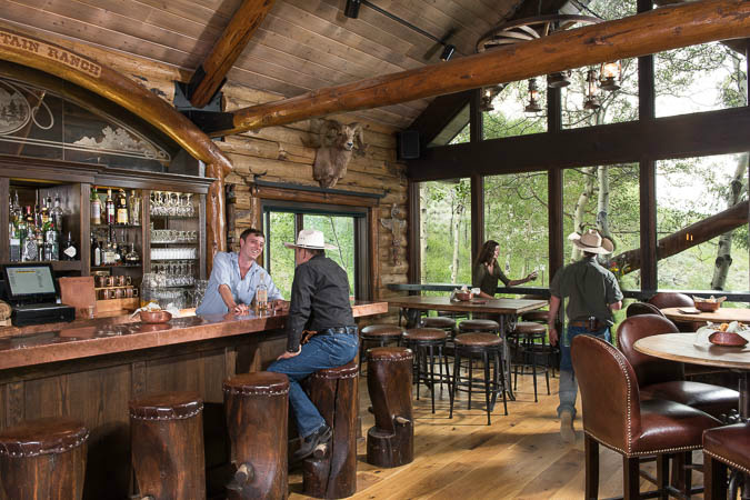 lodge-bar-interior-design-river-and-lime-big-sky-mt