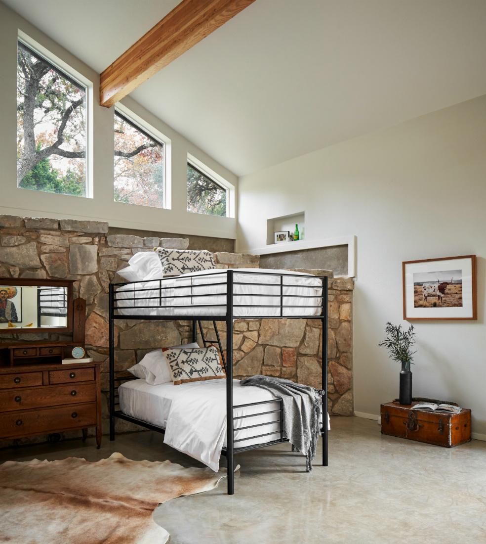 metal-minimal-bunk-beds-boerne-tx-interior-design-bedroom