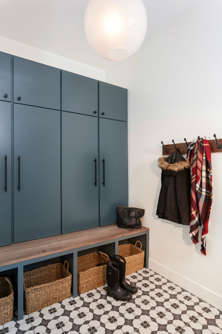 mudroom-cabinets-basket-storage-tile-floor
