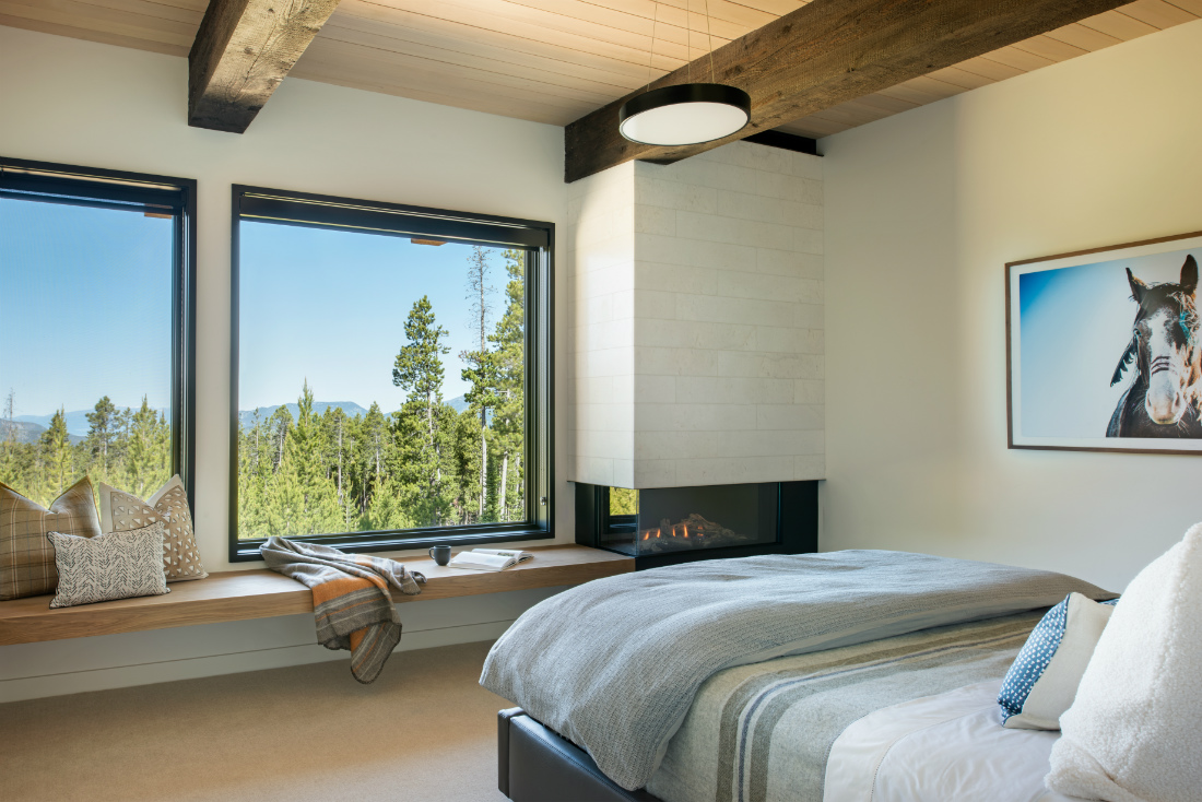 moonlight-basin-mt-bedroom-design-mountain-view