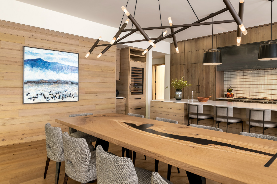 telluride-co-penthouse-dining-table